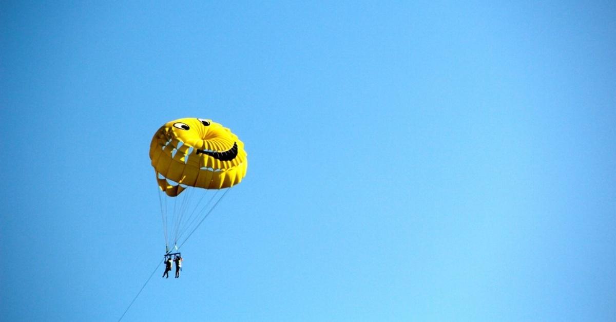 parachute-Smile-LINKEDIN-edited.jpg