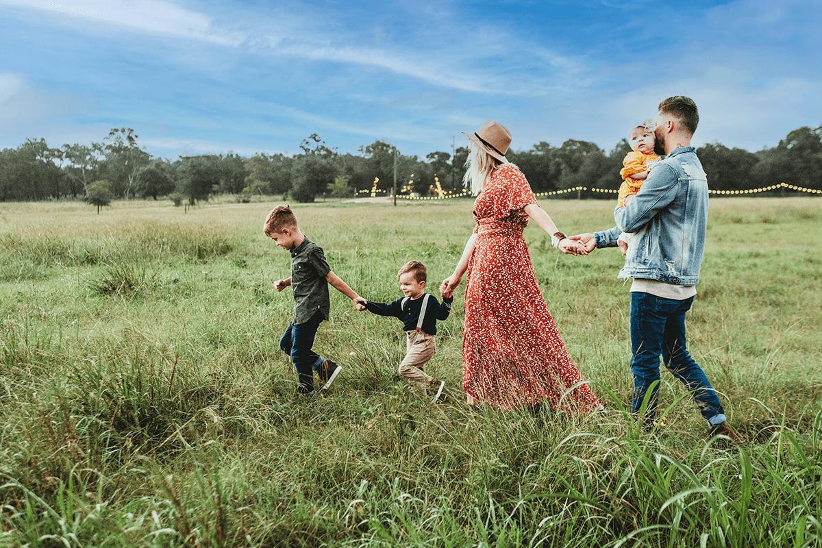 health-insurer-family-photo
